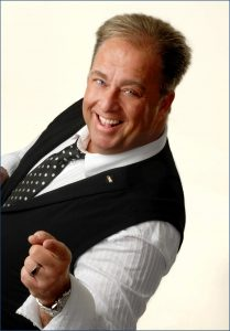Ian Richards - Comedian - After Dinner Speaker - Charity Auctioneer